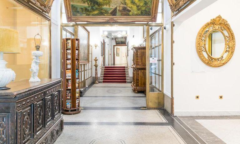vente chaude en ligne ac7a1 23b18 Residence Bologna Prague